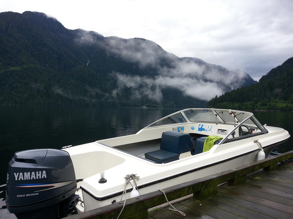 17ft boat Moored up in the Indian Arm
