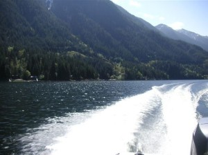 Splendid Mountain Views by boat rental indian arm